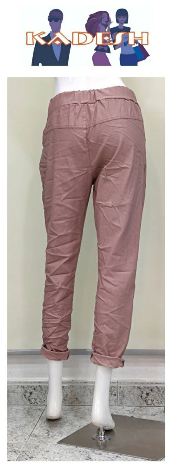 pantalón rosa Minnie arrugado